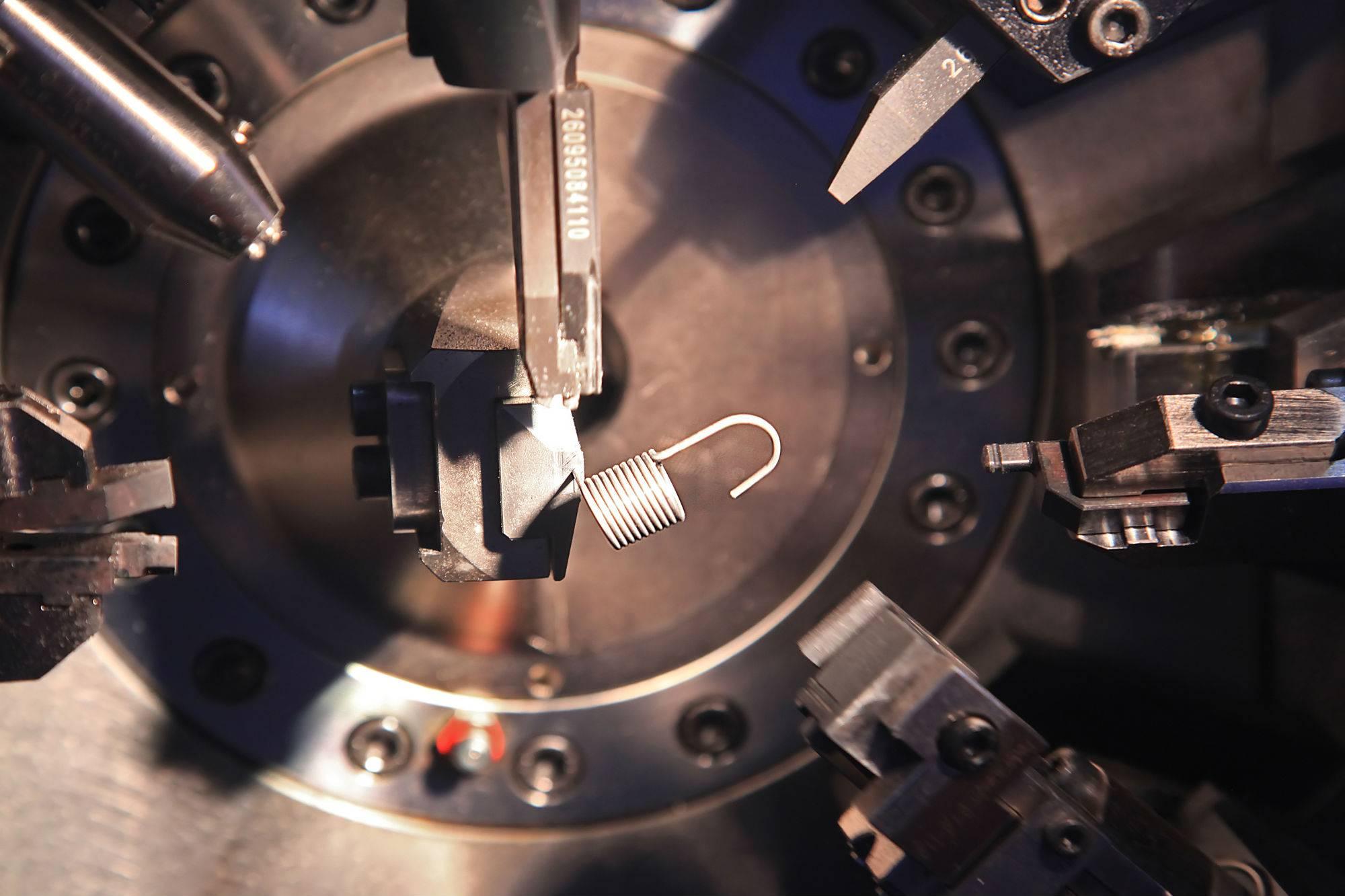 spęzyny-produkcja-elementów-stalwych-dla-przemysłu-warszawa