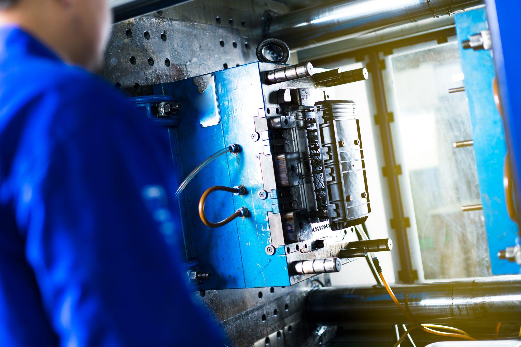 produkacja-elementów-stalowych-warszawa, produkcja zacisków sprężynowych